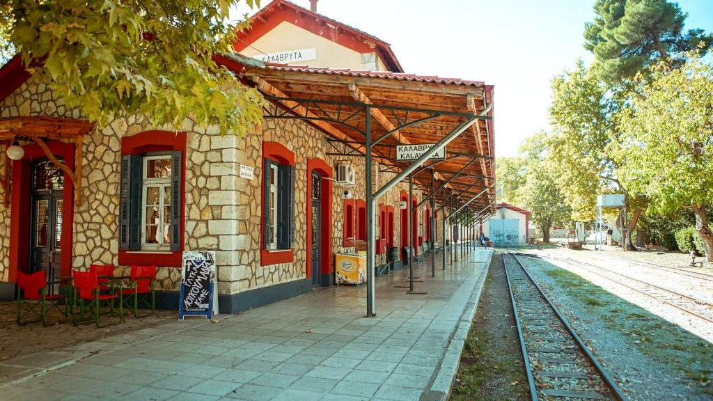 the_scenic_train_station_is_one_of_the_most_interesting_attractions_of_kalavryta-1